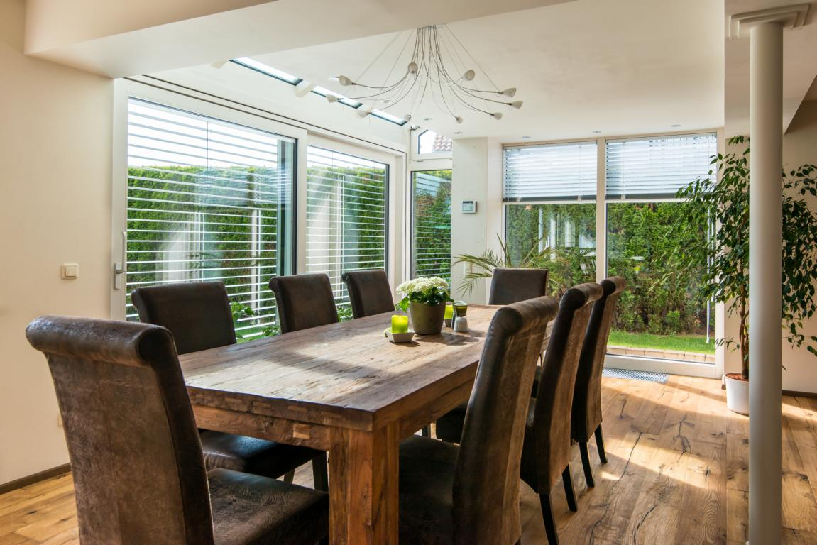 wintergarten klein aber fein als wohnraumerweiterung. Black Bedroom Furniture Sets. Home Design Ideas