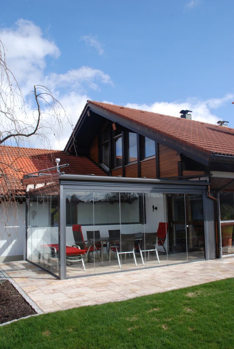 kaltwintergarten mit glasfaltw nden brack wintergarten. Black Bedroom Furniture Sets. Home Design Ideas
