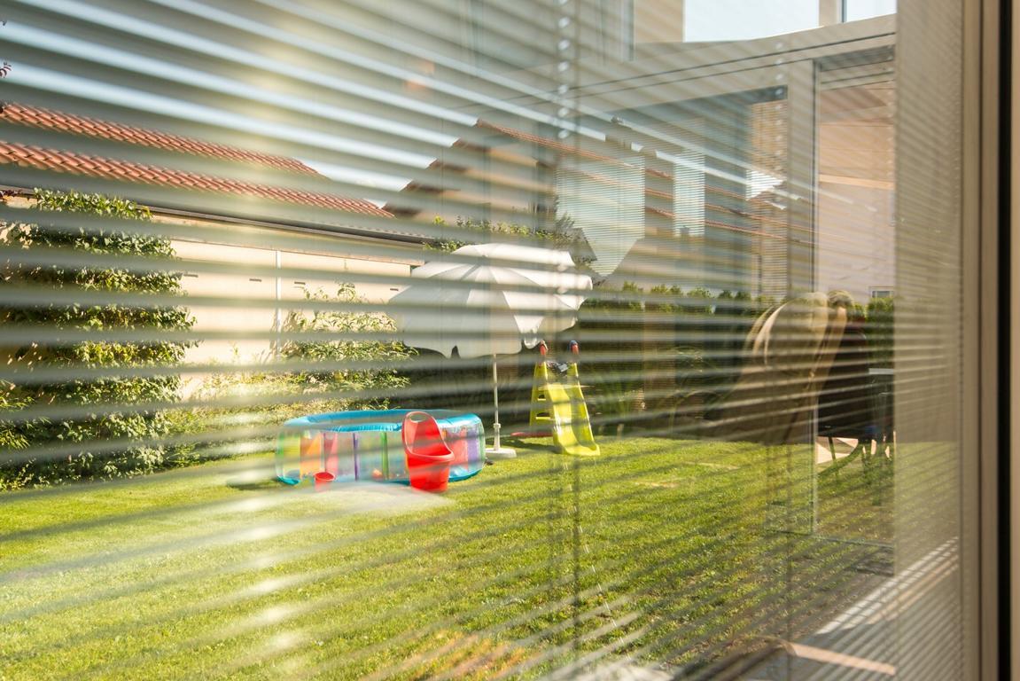 wintergarten mit freisitz brack wintergarten ihr. Black Bedroom Furniture Sets. Home Design Ideas