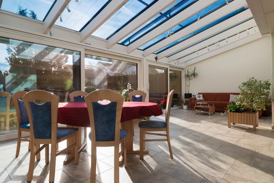 wintergarten als gro z gige wohnraumerweiterung brack. Black Bedroom Furniture Sets. Home Design Ideas
